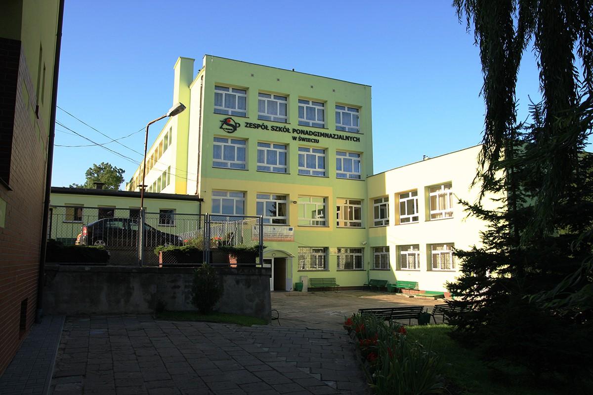 ZSP_budynek_szkoły_świecie